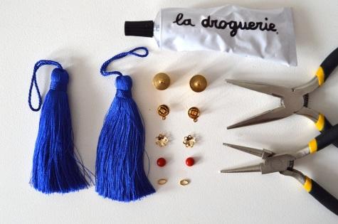 diy-boucles-doreilles-pompons-1